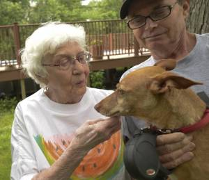 Dolly, her neighbor, and Roxie (courtesy of the Daily Herald)